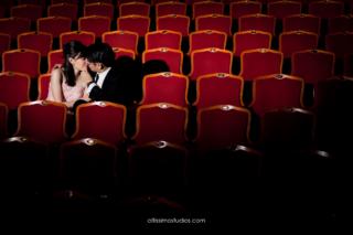 wedding couple in theatre