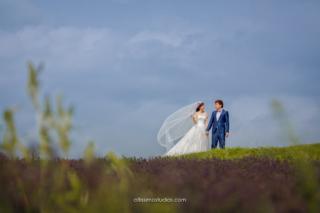 wedding photoshoot in hokkaido with beautiful sky